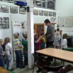 Uczniowie w Ogrodzie Zoologicznym
