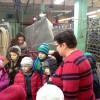Wizyta uczniów w szwalni.