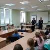 Uczniowie podstawówki z wizytą na Komendzie Policji.