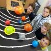 Uczniowie poznaj układ słoneczny