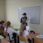 Uczniowie klasy V przedstawiają projekt