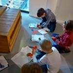 Wizyta uczniów prywatnej szkoły podstawowej w muzeum.