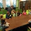 Wizyta uczniów bibliotece.